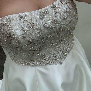 Oleg Cassini Dresses - Wedding dress- Brand new with tags